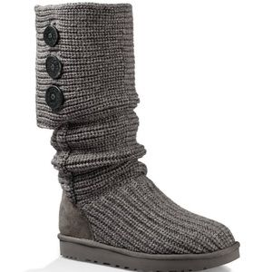 UGG classic caddy boots knit with buttons